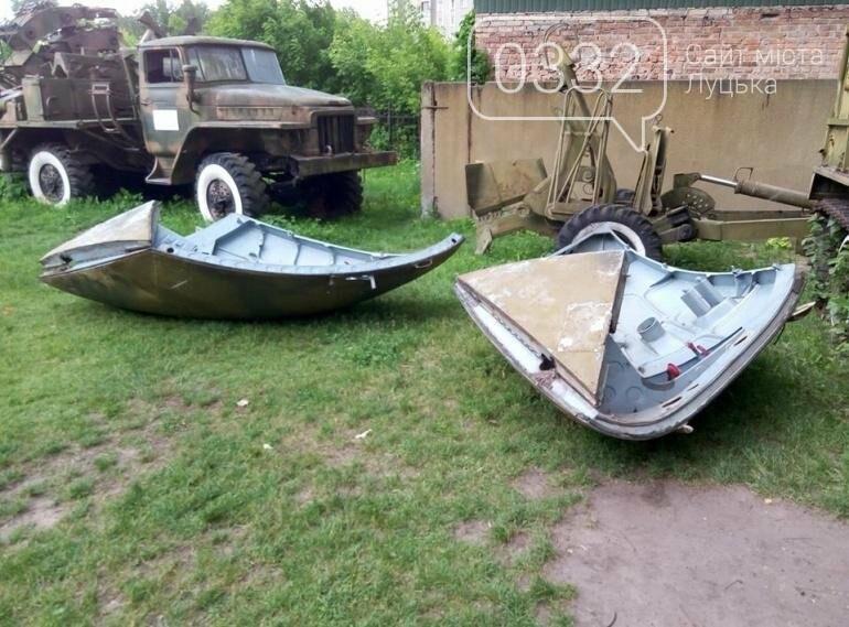 З луцького військового музею забрали на відновлення вертоліт та ракету (ФОТО), фото-11