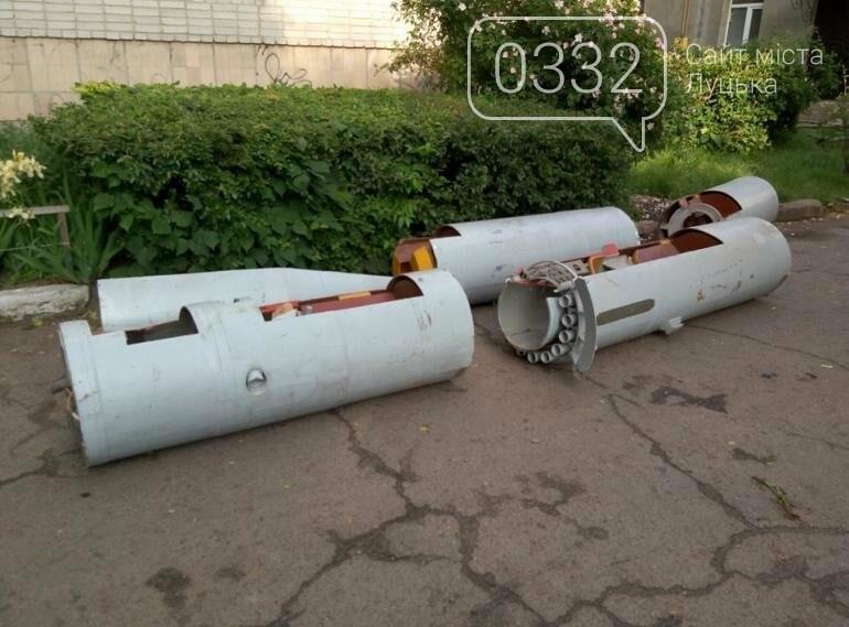 З луцького військового музею забрали на відновлення вертоліт та ракету (ФОТО), фото-2