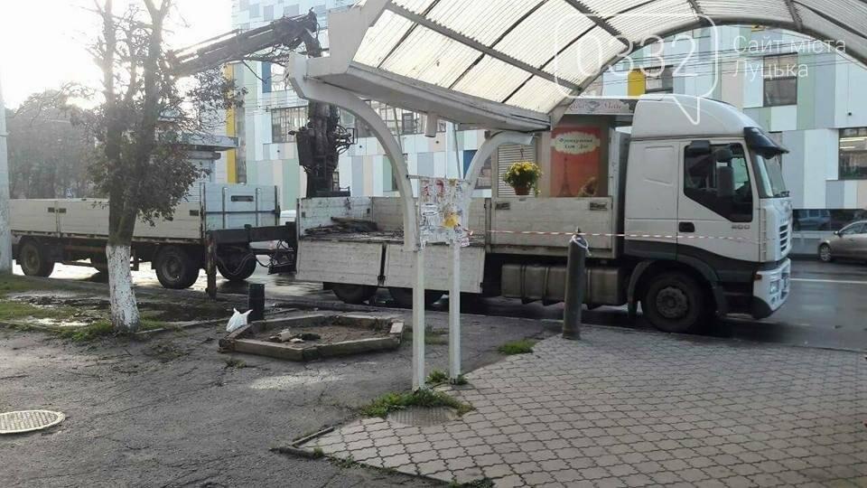 Муніципали демонтували незаконні кіоски , фото-4