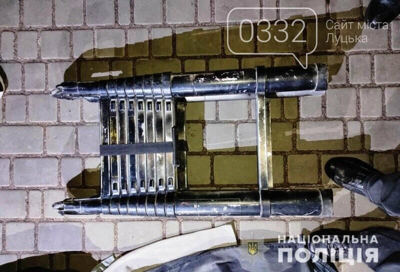 У Ратному троє чоловіків викрали обладнання на суму 5 000 000 гривень, фото-4