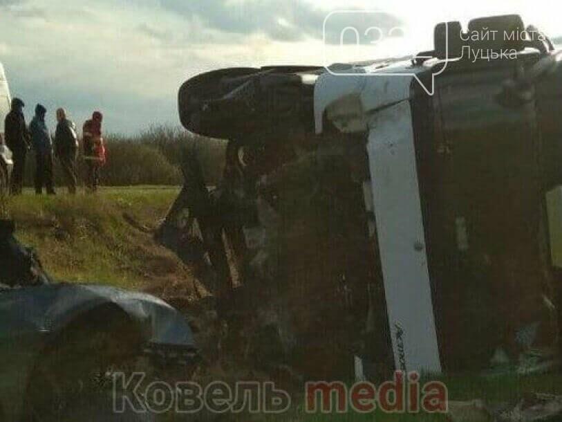 Показали відео моторошної ДТП з фурою поблизу Ковеля, в якій загинуло троє волинян, фото-1