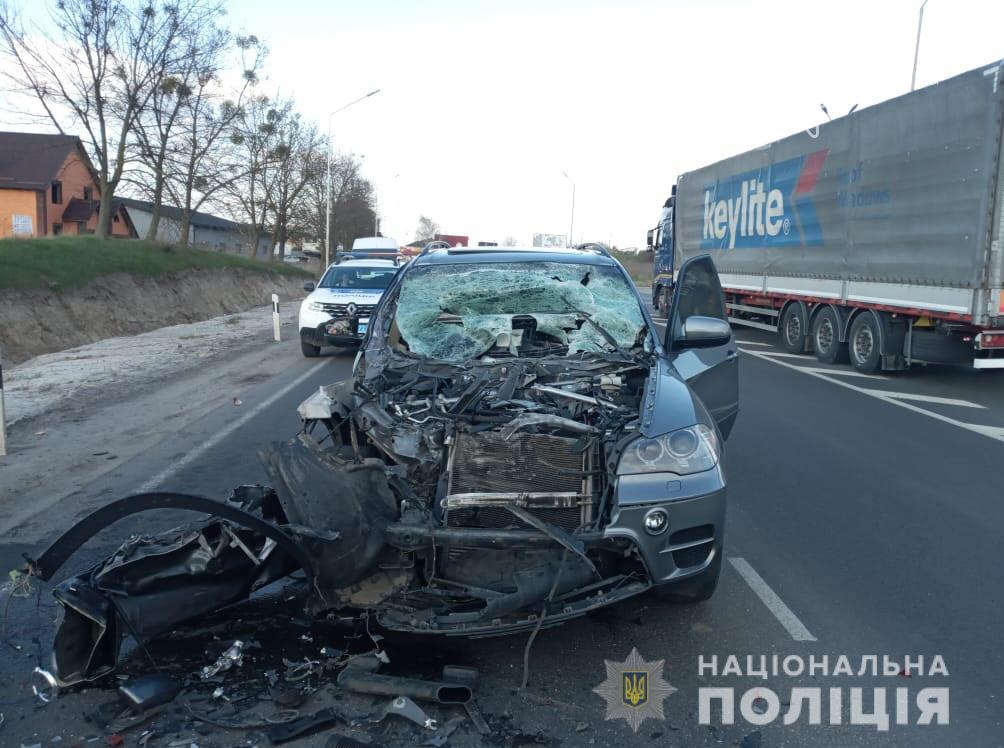 У Луцькому районі зіткнулися BMW і вантажівка (фото), фото-3