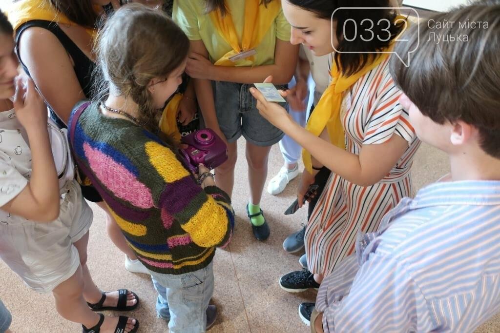 У Луцьку нагородили юних учасників конкурсу-пленеру «Луцький замок», фото-12