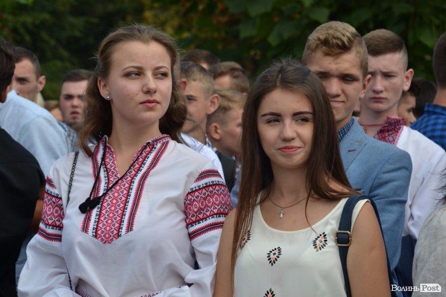 Ще вчора - школярі, а сьогодні -  вже студенти (ФОТО), фото-4