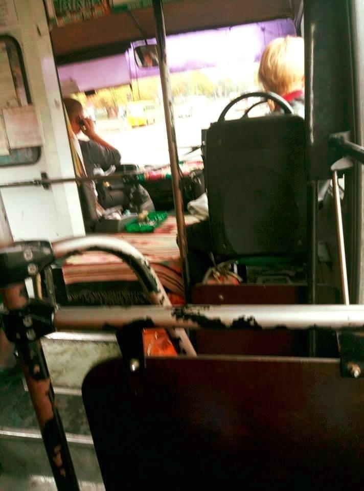 У Луцьку водій маршрутного таксі «чхав на закони», фото-1