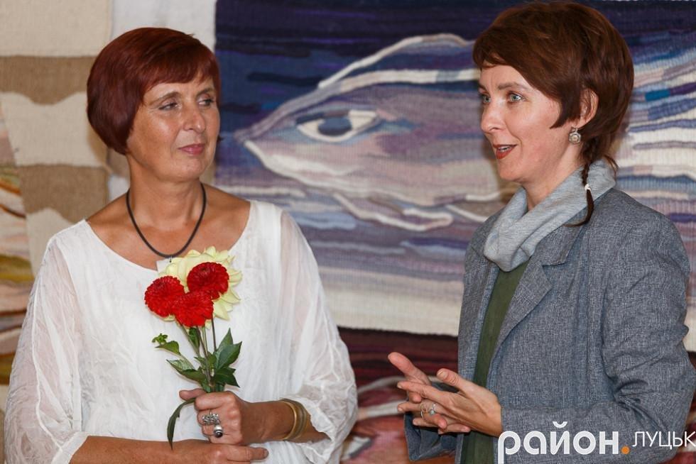 У Луцьку відкрилась виставка робіт в техніці гобелену, фото-1