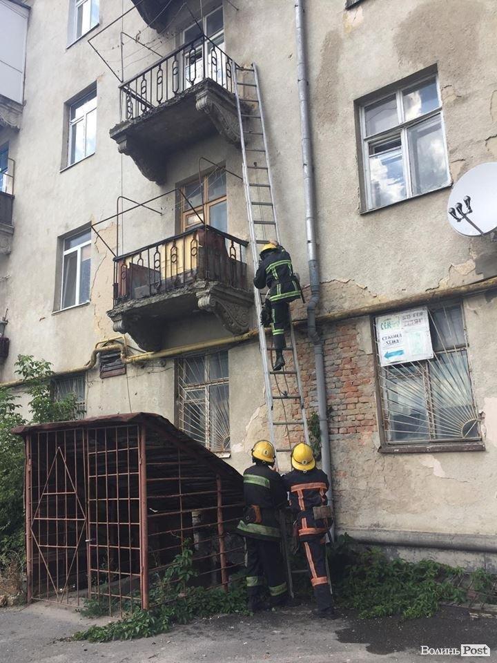 На Ковельській палав балкон, фото-4