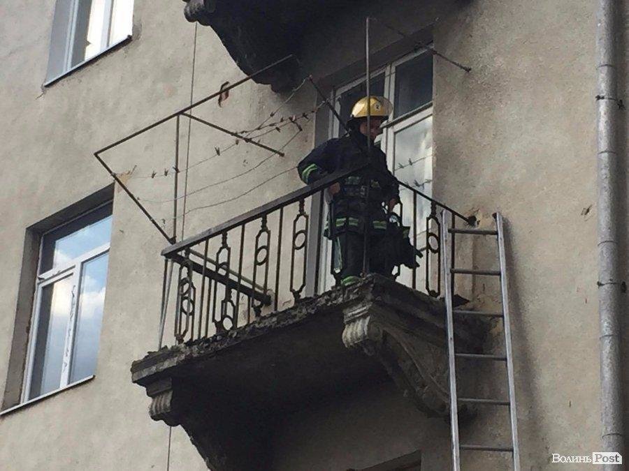 На Ковельській палав балкон, фото-1