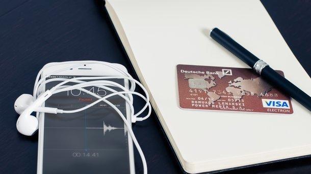 Що робити, коли вкрадено банківську картку за межами України?, фото-1