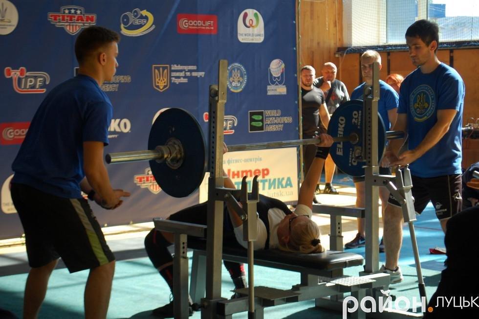 Ветерани пауерліфтингу вразили Луцьк новими спортивними рекордами, фото-5