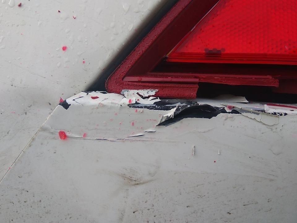 """Водій на """"блясі"""" протаранив авто і зник, фото-2"""