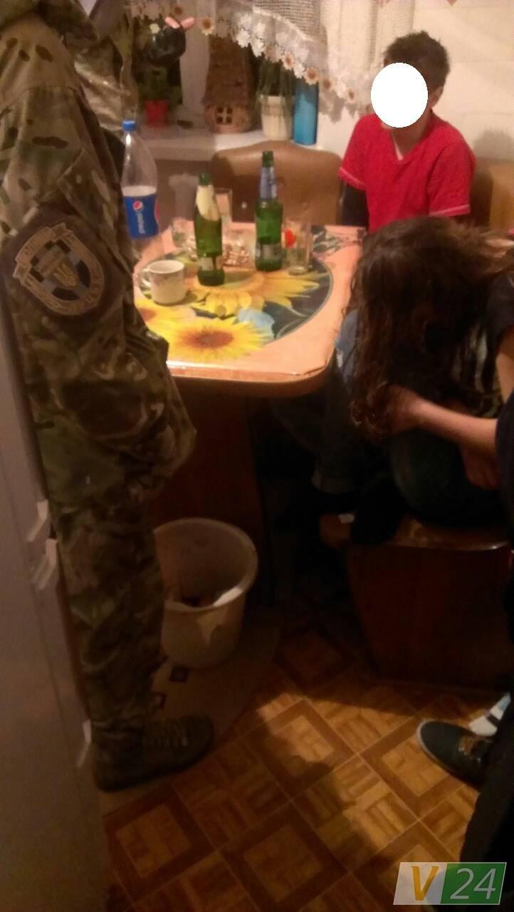 У Луцьку п'яних підлітків забрала швидка, фото-1