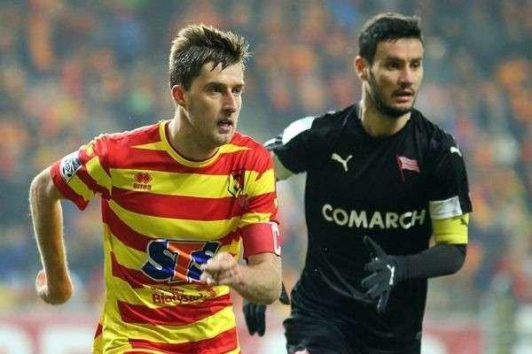 Тарас Романчук (зліва)