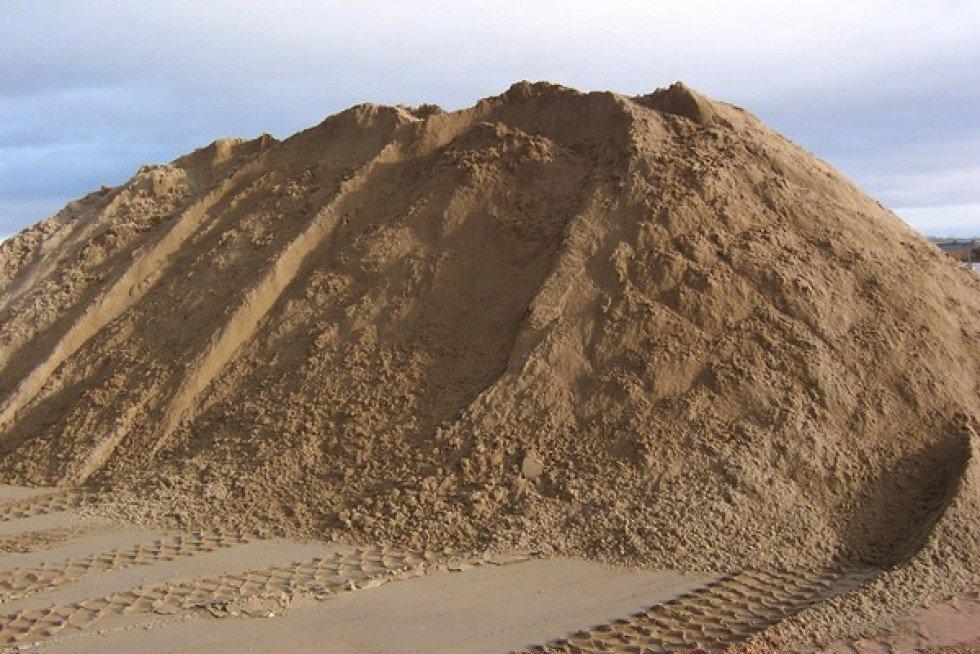 Пісок у Луцьку
