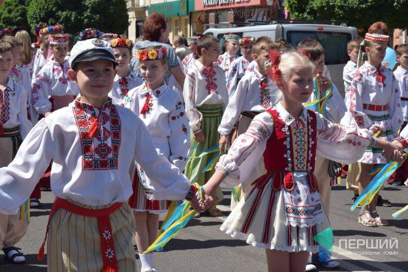 У Луцьку стартував третій дитячий фестиваль (ФОТО, ВІДЕО), фото-2