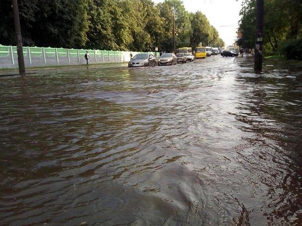 Рівне затопило (ФОТО, ВІДЕО), фото-1