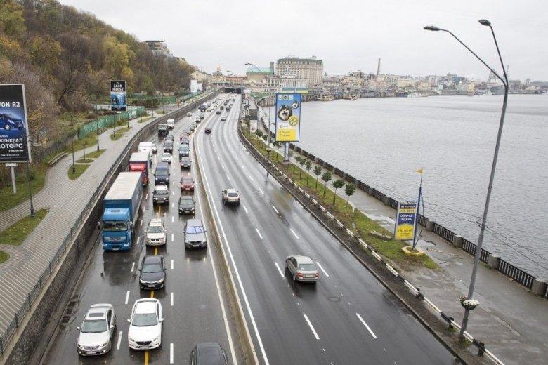 Порушників на українських дорогах ловитимуть на кілька камер одночасно, фото-1