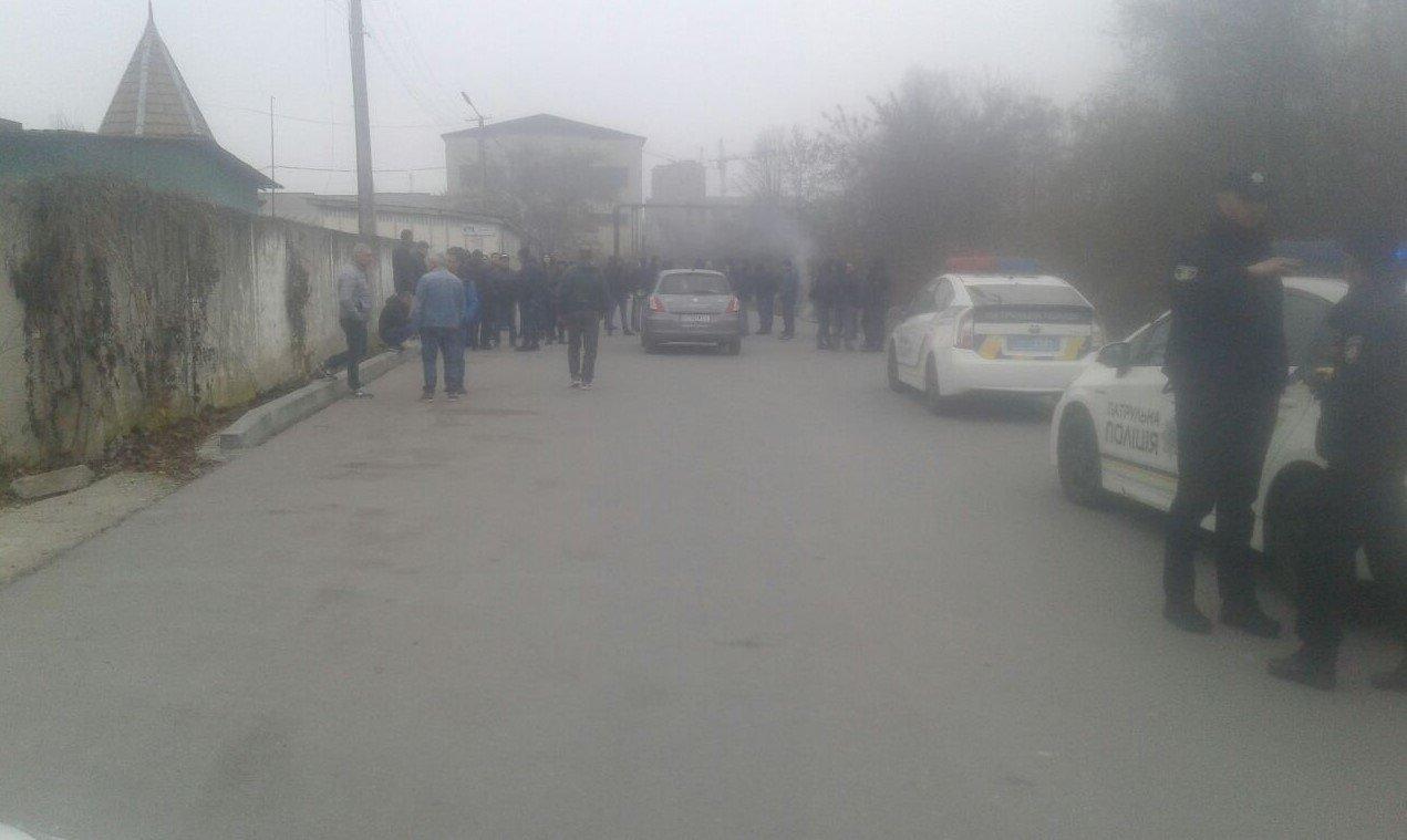 """Як """"євробляхарі"""" в Україні протестують на митниці?, фото-1"""