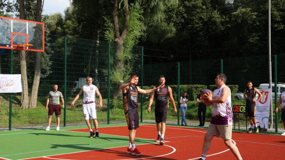 Спортмайданчик за мільйон гривень відкрили у Луцьку, фото-1