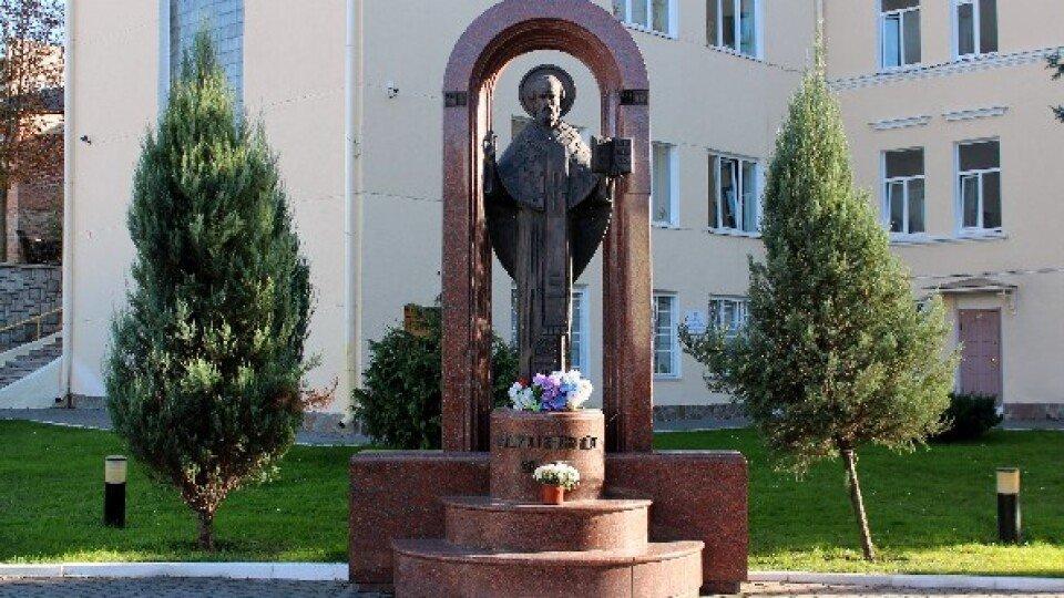 Пам'ятник Архангелу хоронителю встановлять у центрі Луцька, фото-1