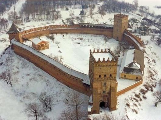 Після карантину вихідного дня відчиняє свою браму Луцький замок , фото-1